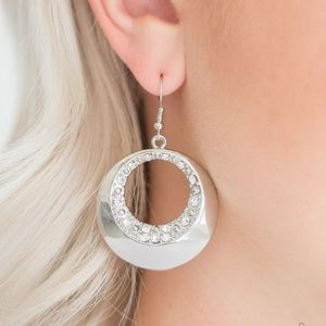 Paparazzi Earrings - Ringed in Refinement - White